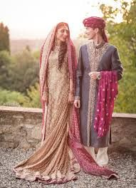 Marriages are often arranged within the family or within the same ethnicity. Social and educational statuses are very important in arranged marriage. Arranged matches are made after taking into account factors such as the wealth and social standing of their families. There are two types of arranged marriages in Pakistan. Under semi-arranged marriages, the couple makes the final decision. In a completely arranged marriage, the parents' decision is final.
