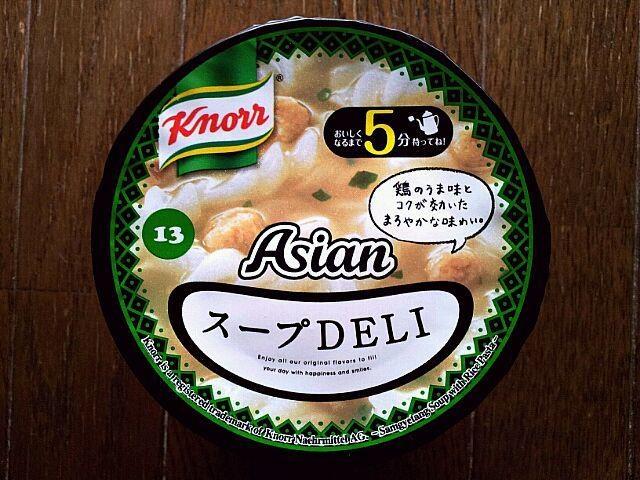 Samgyetang of rice flour pasta soup Knorr