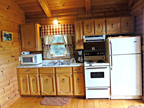Cajun Cedar Log Cottage kitchen, Cabot Trail