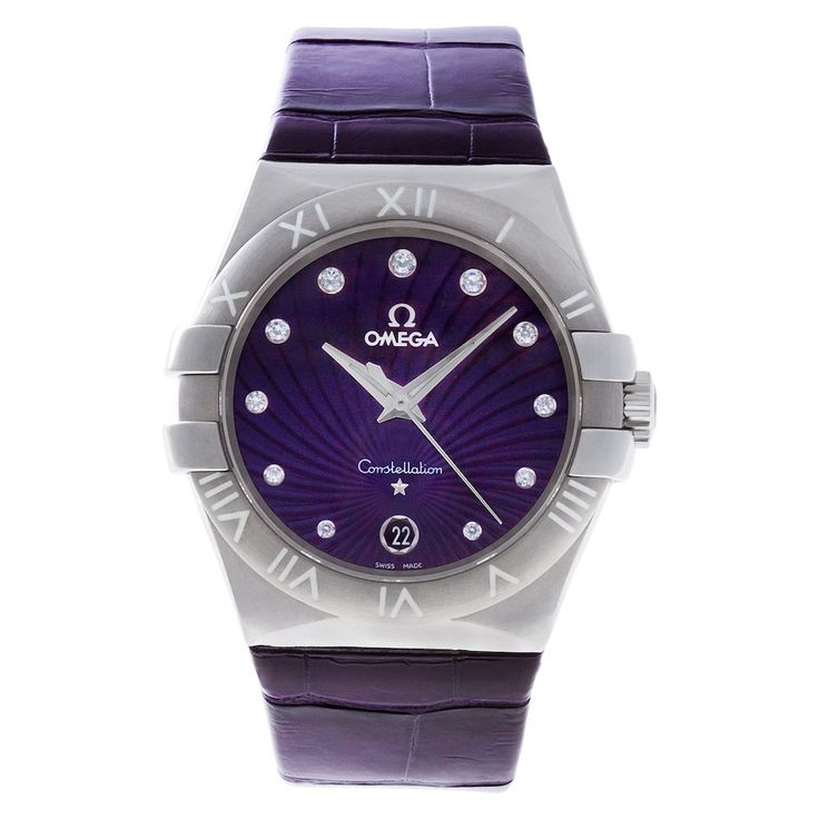How to Wear the 2018 Color of the Year: Omega Constellation Watch