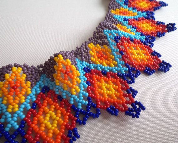 Mexican Huichol Beaded Necklace / Choker por Aramara en Etsy