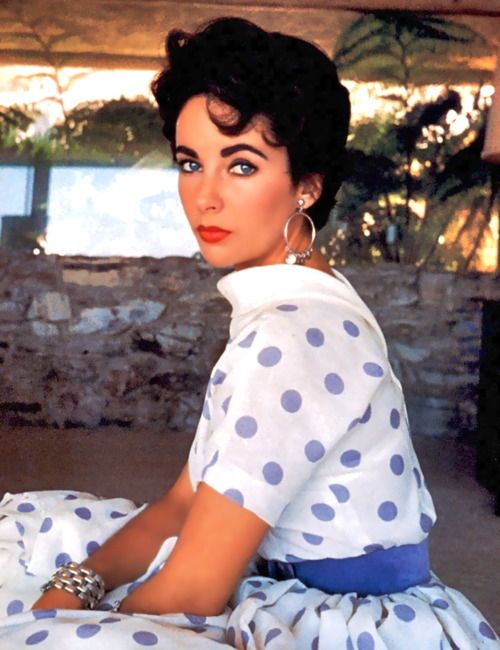 Elizabeth Taylor short style hair!  looking for the similar feel jewellery?  http://expressionsdesbijoux.com/product/52543/riviera_link_earrings/  http://expressionsdesbijoux.com/product/72738/classique_goldtuft_bracelet/