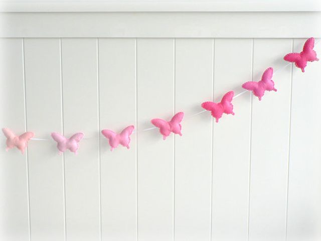 Pink Ombre Butterfly GarlandGarlands Seeds, Felt Pink, Ombre Butterflies, Projects Nurseries, Butterflies Banners, Butterflies Garlands, Butterflies Parties, Pink Ombre, Buntings Felt