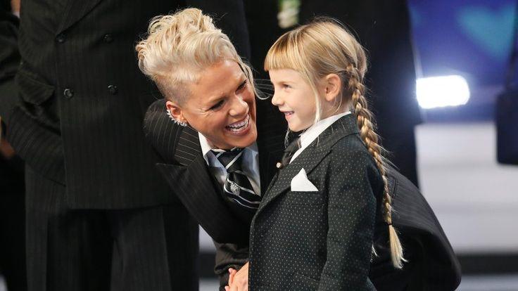 Pink: Bewegende Lektion für die kleine Tochter - SPIEGEL ONLINE