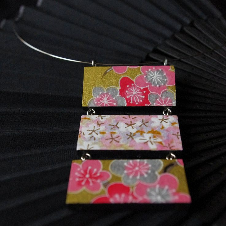 "Japanese inspiration ""Sakura"" - wooden pink-gold necklace with Japanese paper Chiyogami"
