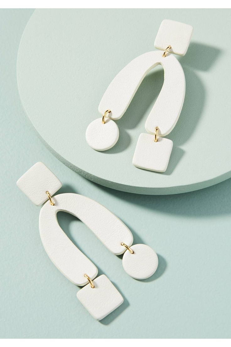 Shop the Horseshoe Drop Earrings and more Anthropologie at Anthropologie today. Read customer reviews, discover product details and more.