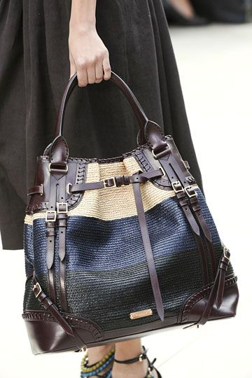 Burberry Prorsum: Summer Picnics, Burberry Handbags, Burberryawesom Handbags, Burberry Prorsum, Burberry Bags, Big Bags, Accessories, Leather Bags, Hands Bags