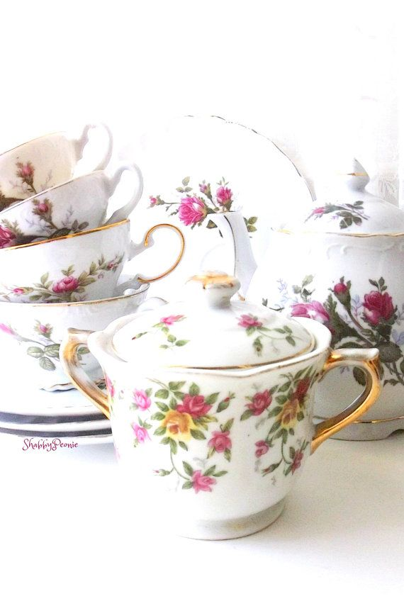Vintage Moss Rose China Collection. Shabby chic by ShabbyPeonie