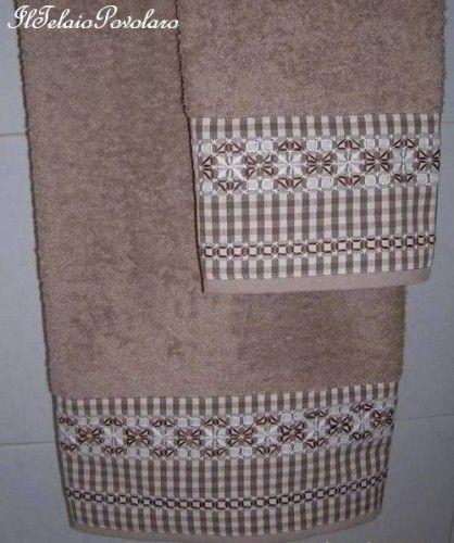 ... e ... broderie suisse per una coppia di asciugamani
