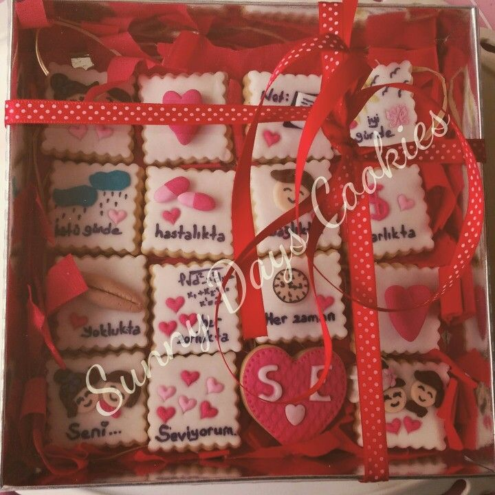 Sevgililer gunu kurabiyeleri, seni seviyorum, suslu kurabiyeler, fondant cookies, seker hamuru kurabiye. https://www.facebook.com/Sunnydayscookies http://sunnydayscookies.blogspot.com.tr/