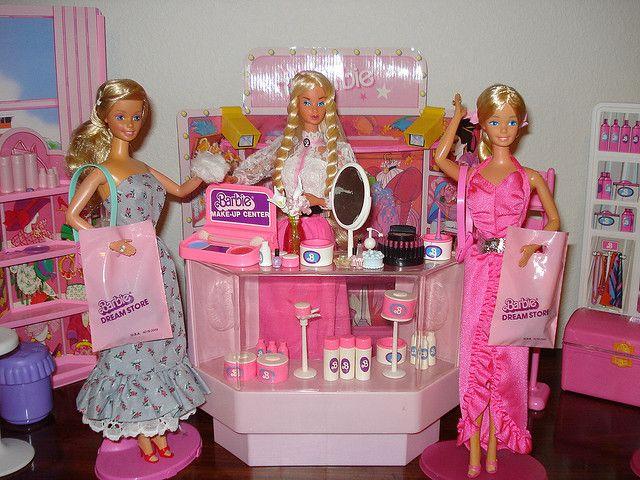 Barbie Make-Up Department by Barbie Creations, via Flickr