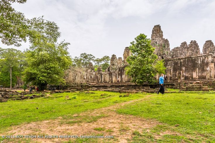 The buildings at Angkor Thom city are not as large or well preserved as those Angkor Wat, but they are still quite impressive all the same with all their classical style structures.