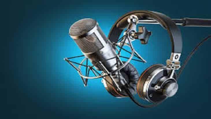 أجمل مقدمة إذاعة مدرسية Radio Microphone Microphones