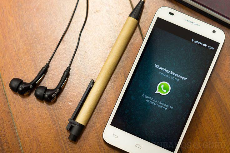 ¿Cómo escuchar tus mensajes de Whatsapp sin que todos… http://www.cubanos.guru/escuchar-tus-mensajes-whatsapp-sin-todos-los-oigan-contigo/