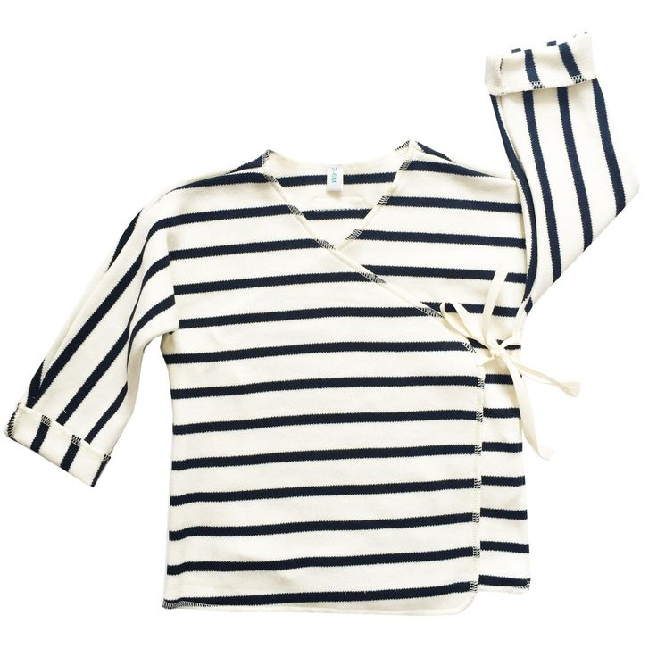 100% organic cotton.Organic ZOO clothes are Unisex and are made to be mixed and matched.Designed in UK, made in EU.