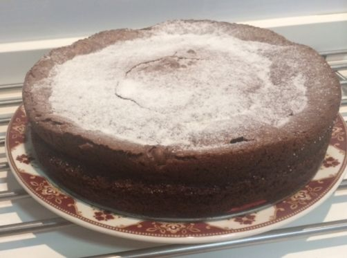 Tarta jugosa de chocolate para #Mycook http://www.mycook.es/receta/tarta-jugosa-de-chocolate/