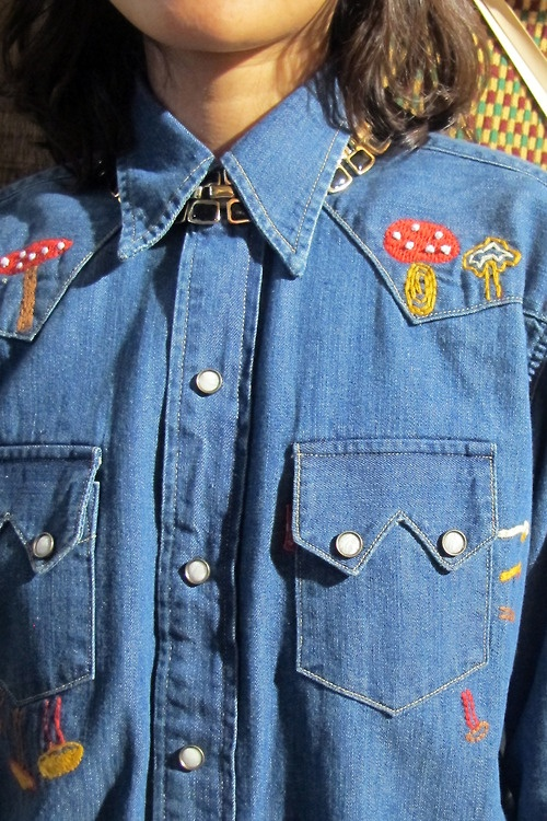The 70's are back and we are loving the way it looks! Levi's Vintage Clothing via Bread & Butter Berlin | Vintage Levi's | Pinterest | Vintage, Vintage clothin…