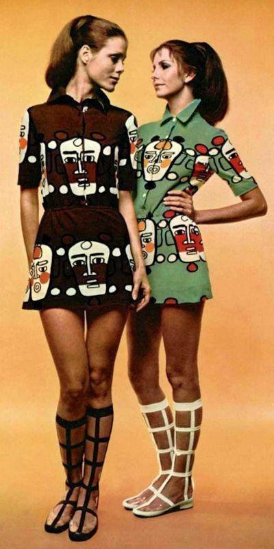 Louis Féraud, 1970 vintage fashion color photo print ad models magazine designer novelty print art dress mini skirt faces black brown green lattice boots 70s #1970s #vintage