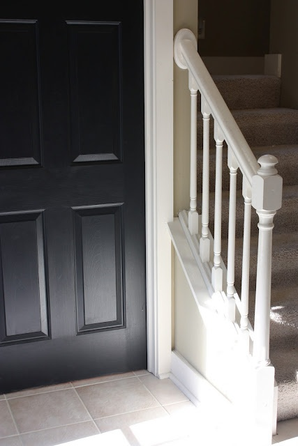 painting oak stair rails.Interiors Doors, Decor Ideas, Black Doors, Oak, White Trim, House, Yellow Capes Cod, Painting, Character Buildings