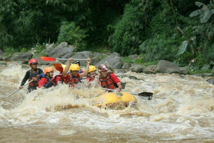 Elo river rafting : - Rafting + tubbing   @ Elo river   @ Progo upper river   @ Progo lower river - Offroad   @ Mt. Merapi Offroad Area   @ Ketep Highland - outbond and paint ball - Borobudur Temple Tour - Puntuk Setumbu Sunrise and villa  +62 877 398 871 48