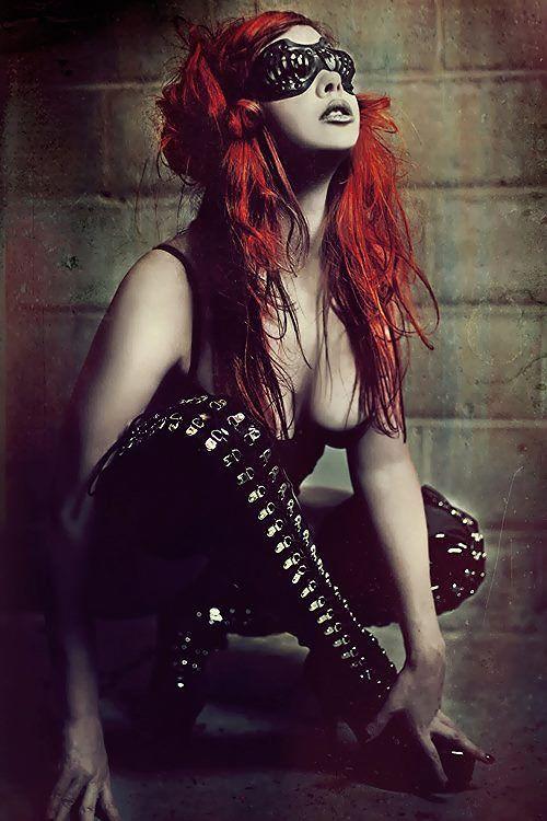 nude-sexy-redhead-goth-bathroom-big