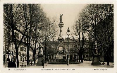 #Pamplona #Navarra. Monumento a los Fueros de Navarra.