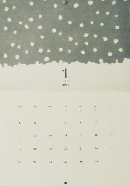 by Tomotake; lovely, very minimalist calendar. Love it!