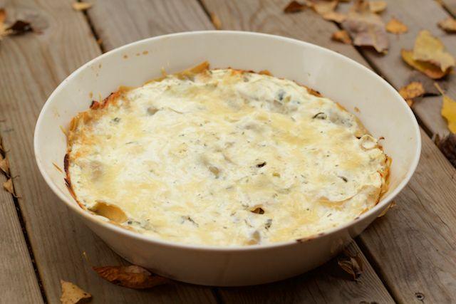 Juicy lasagna with spinach and goat cheese. Mehevä pinaatti-vuohenjuustolasagne, jossa on paljon rahkaa.
