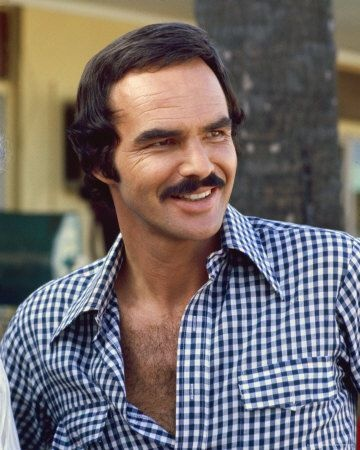 """single men in burt From 1988 to 1993, burt reynolds and loni anderson were married after dating for six years, people reported in 1988 you can see people's album of their wedding heretheir wedding was a """"top ."""