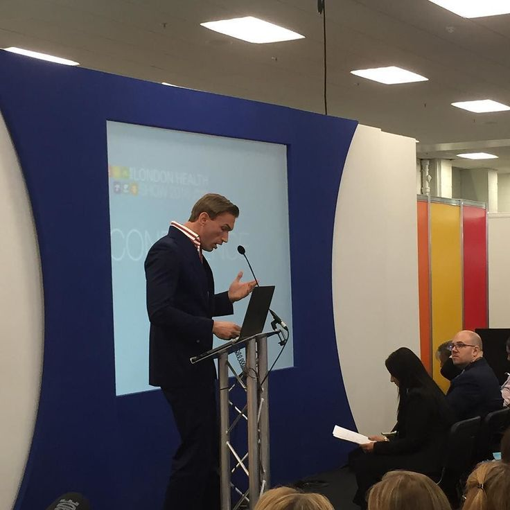 Welcome speech by Dr Christian Jessen at  @london_health_show  #Fitlondoners #london #londoner #health #nutrition #fitness #londonhealthshow #event #londoncity #ldn #vitality #dr #events #talk #healthy #londoncity #londonlife #londonshow by fitlondoners
