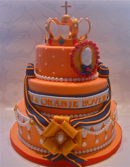 Queensday by Cakes by Tessa, via Flickr