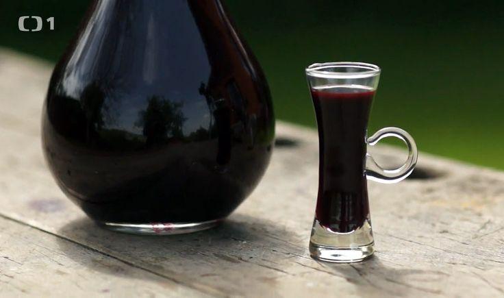 Dámský borůvkový šláftruňk — Recepty — Kouzelné bylinky — Česká televize
