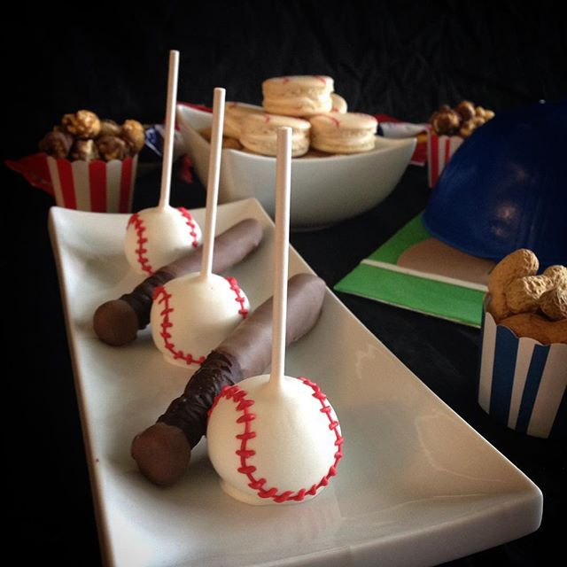 Here's hoping everyone is having a sweet Saturday! A little #sneakpeak of a #sweettable from this weekend. More to come! #macarons #cakepops #redvelvet #baseballcakepops #cupcakes #donuts #chocolatepretzels #pretzelbats #whitechocolate #glutenfree #customcake #chocolate #saltedcaramel  #buttercream #custom #portcredit #toronto #gta #foodporn #cakeporn #dessertporn #mississaugabakery #portcreditbakery #torontobakery #gtabakery #mississaugacakes #sassyandsweet