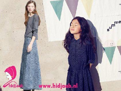 matching outfit, mother daughter outfit. Moeder dochter kleding http://shop.mango.com/NL/p0/dames/kleding/rokken/maxi/lange-denim-rok/?id=43050193_TC&n=1&s=prendas.faldas&ident=0__0_1424771595278&ts=1424771595278&utm_source=1851665&utm_medium=affiliate&utm_campaign=Zanox_NL&zanpid=2006343483673474048
