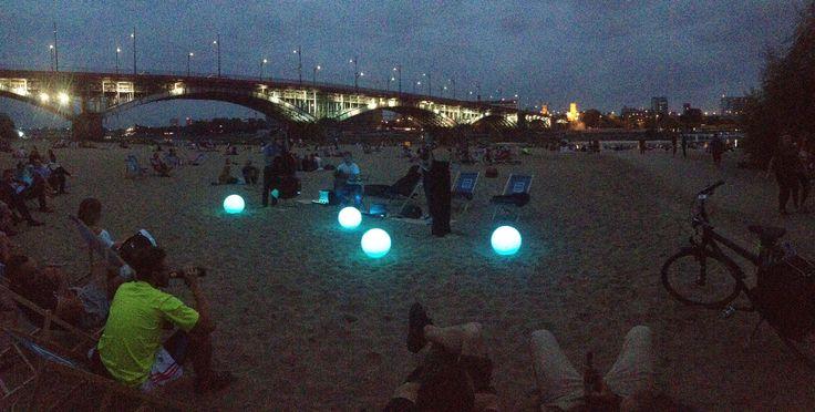 Plaża Poniatówka. Koncert wieczorny nad Wisłą