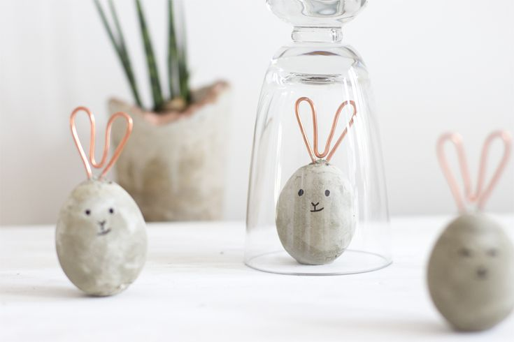 DIY copper and concrete Easter bunnies   LOOK WHAT I MADE ...
