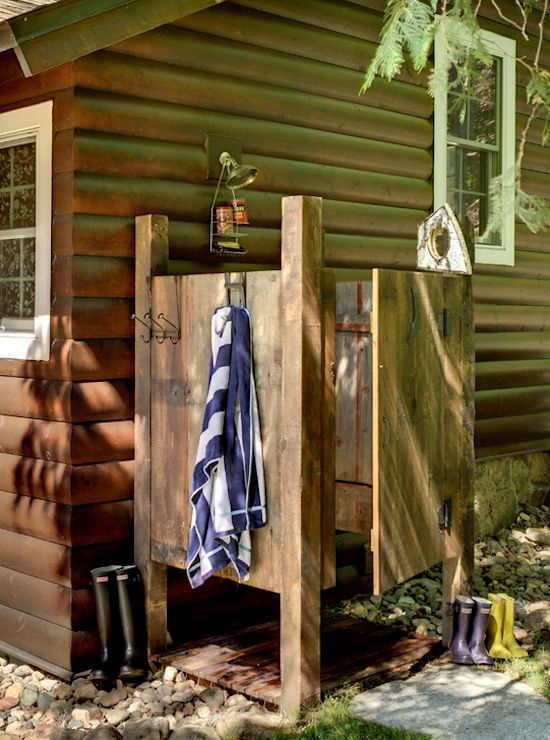 I would love this rustic outdoor shower, really wouldn't have to worry about the neighbor's because there wouldn't be any too close by!