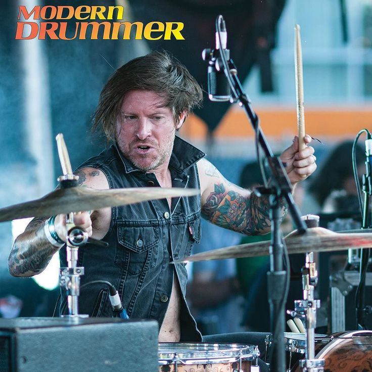 The seasoned basher reunites with @thursdayband backs the British boy band @thewantedmusic drives the bus for @yellowcard and releases a solid new sample library. Check out our full interview with Tucker Rule in the October issue of MD. Out now! #tuckerrule #Thursday #thewanted #yellowcard #drums #drummer #drumming #drumsamples