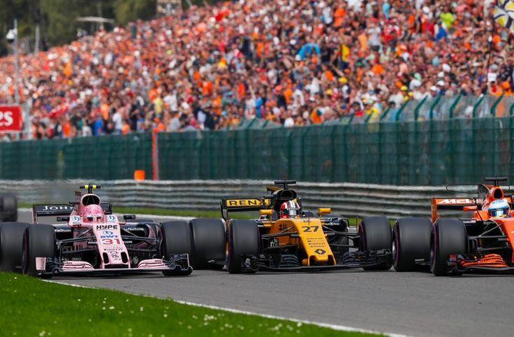 "Epic Moments & Pics Of F1 (@gp_epicmoments) en Instagram: ""Esteban Ocon vs Nico Hulkenberg vs Fernando Alonso --- Spa 2017  Credits📸: @dppiimages…"""