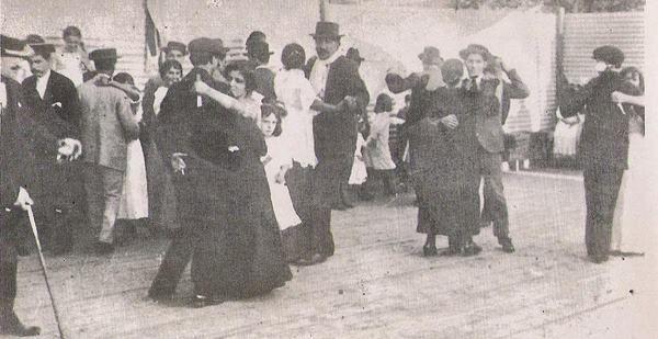 Vida social de los años 1920 y 1930 en Winifreda
