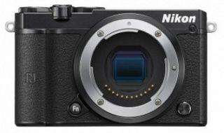 Nikon 1 J5 (2 év) fekete digitális fényképezőgép váz