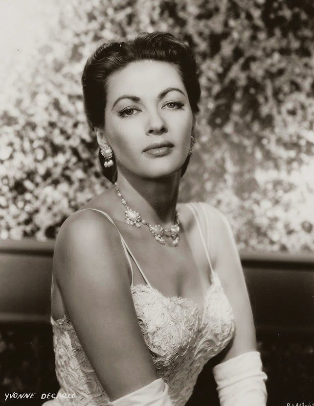 Yvonne DeCarlo