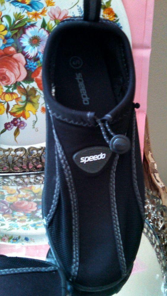 Speedo black spandex surf beach water shoes aqua socks US small 4/5