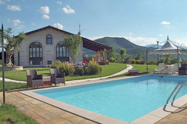 Gezellige vakantiewoning in villa met zwembad