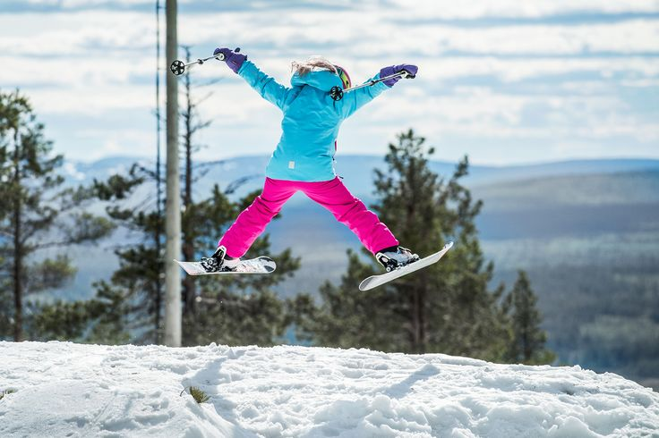 In water- and windproof Reima clothes kids can enjoy winter sports in any weather!