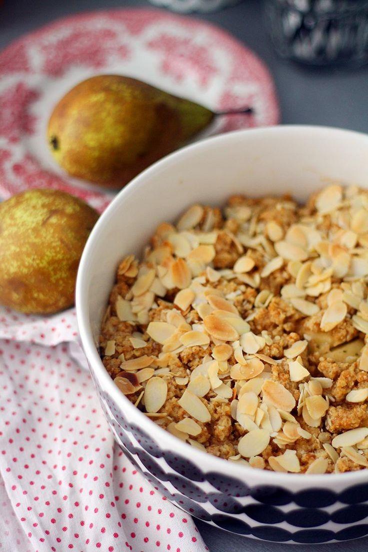 Päärynä-vaahterasiirappipaistos