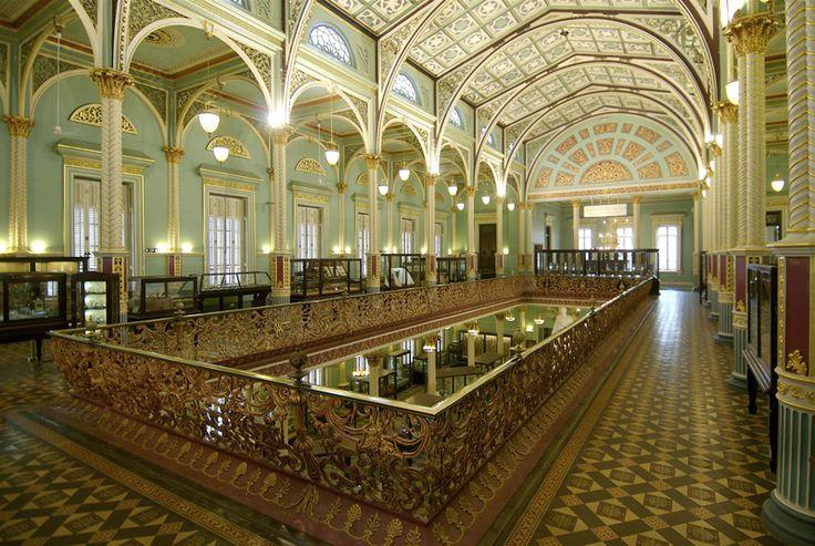 Bhau Daji Lad Museum, interior, Mumbai