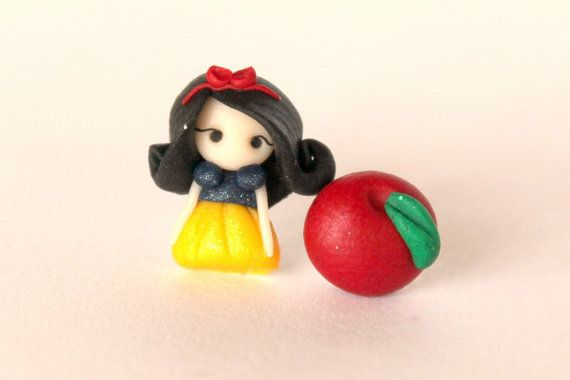 Snow White and the apple stud earrings inspired by Disney movies. Snow white jewelry. Snow white earrings. Clay charm. Disney jewelry.Kawaii