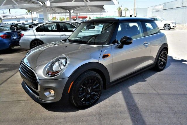 New 2017 MINI Cooper Hardtop 2 Door Cooper Hatchback for sale - only $24,935. Visit MINI of El Paso in El Paso TX serving Fort Bliss, Las Cruces and Sunland Park #WMWXP5C32H2F61474