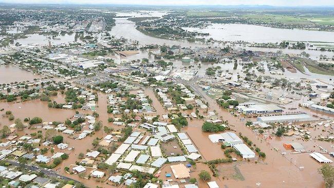 Aerials of Bundaberg floods 28 Jan 2013